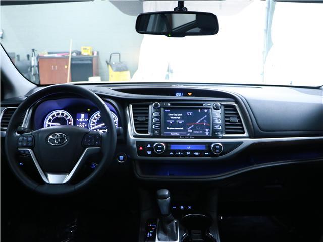 2016 Toyota Highlander Limited (Stk: 195172) in Kitchener - Image 6 of 30
