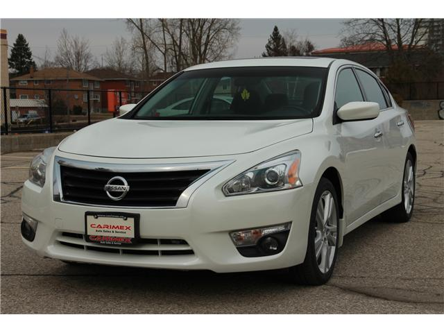 2013 Nissan Altima 3.5 SV (Stk: 1902083) in Waterloo - Image 1 of 30