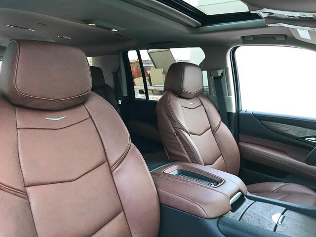 2019 Cadillac Escalade ESV Luxury (Stk: 9D21140) in North Vancouver - Image 19 of 23