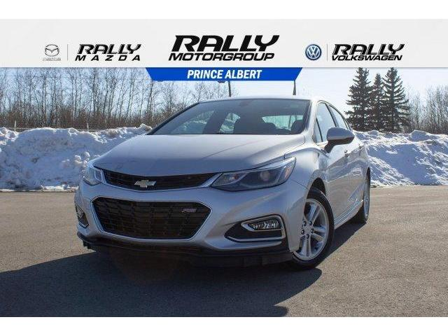 2018 Chevrolet Cruze LT Auto (Stk: 1842A) in Prince Albert - Image 1 of 11
