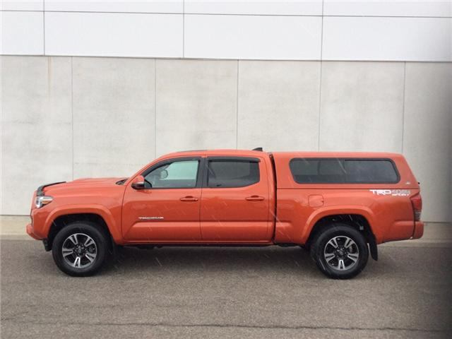 2017 Toyota Tacoma SR5 (Stk: TUN6394B) in Welland - Image 2 of 25