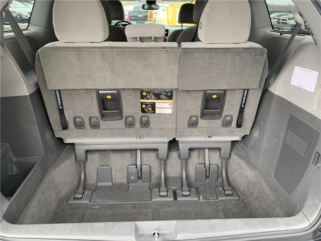 2018 Toyota Sienna LE 7-Passenger (Stk: 21690) in Pembroke - Image 4 of 12