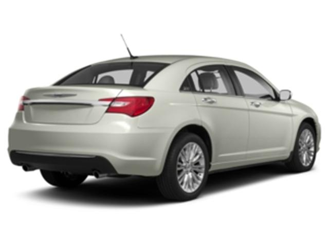 2013 Chrysler 200 Touring (Stk: 478965) in Truro - Image 2 of 13