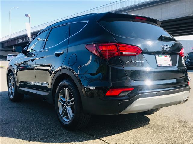 2018 Hyundai Santa Fe Sport 2.4 Premium (Stk: LF009910) in Surrey - Image 6 of 30