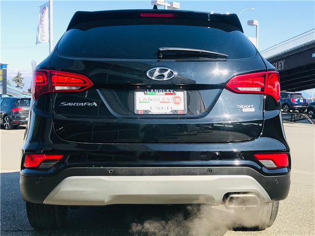 2018 Hyundai Santa Fe Sport 2.4 Premium (Stk: LF009910) in Surrey - Image 7 of 30