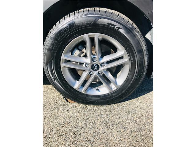 2018 Hyundai Santa Fe Sport 2.4 Premium (Stk: LF009910) in Surrey - Image 28 of 30