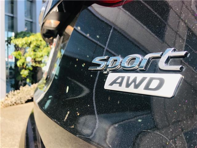 2018 Hyundai Santa Fe Sport 2.4 Premium (Stk: LF009910) in Surrey - Image 11 of 30
