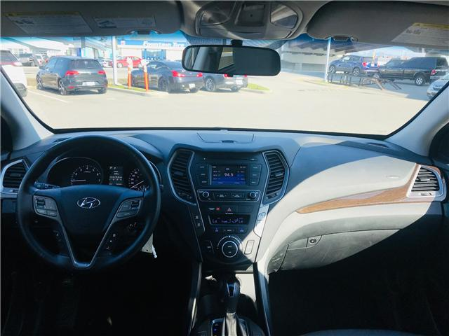 2018 Hyundai Santa Fe Sport 2.4 Premium (Stk: LF009910) in Surrey - Image 16 of 30