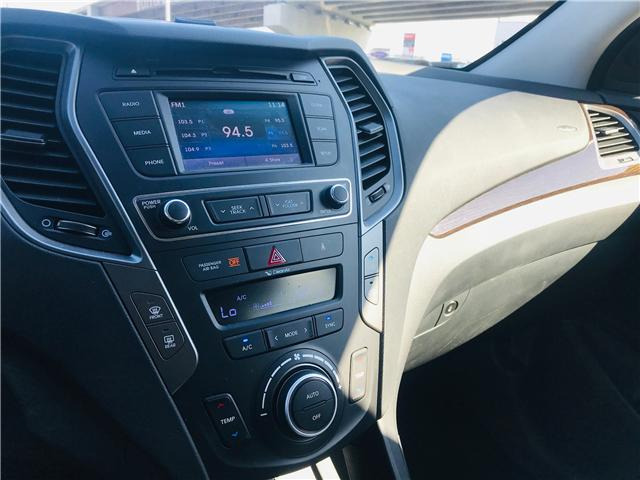2018 Hyundai Santa Fe Sport 2.4 Premium (Stk: LF009910) in Surrey - Image 19 of 30