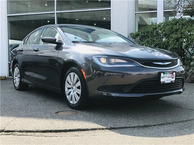 2017 Chrysler 200 LX (Stk: LF009970) in Surrey - Image 2 of 30