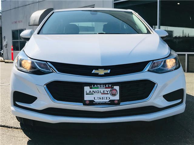 2017 Chevrolet Cruze LT Auto (Stk: LF009930) in Surrey - Image 3 of 28