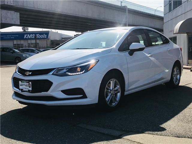 2017 Chevrolet Cruze LT Auto (Stk: LF009930) in Surrey - Image 4 of 28