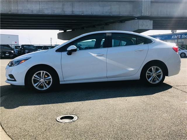2017 Chevrolet Cruze LT Auto (Stk: LF009930) in Surrey - Image 5 of 28