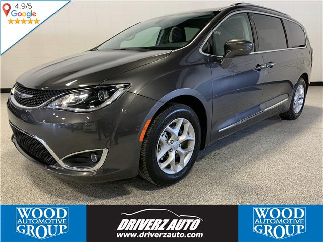 2018 Chrysler Pacifica Touring-L Plus (Stk: P11976) in Calgary - Image 1 of 20