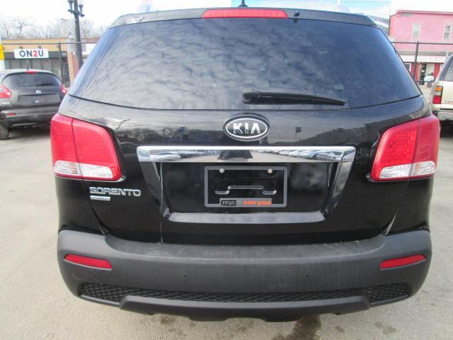 2012 Kia Sorento LX V6 (Stk: bp591) in Saskatoon - Image 4 of 17