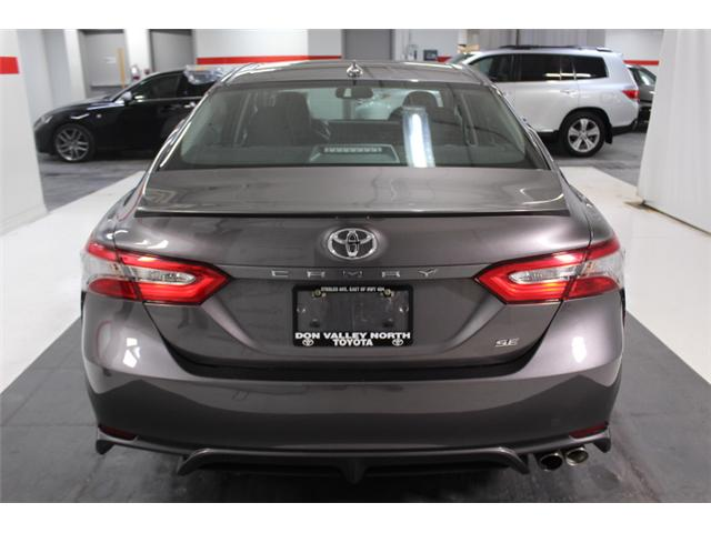 2018 Toyota Camry SE (Stk: 297588S) in Markham - Image 22 of 26