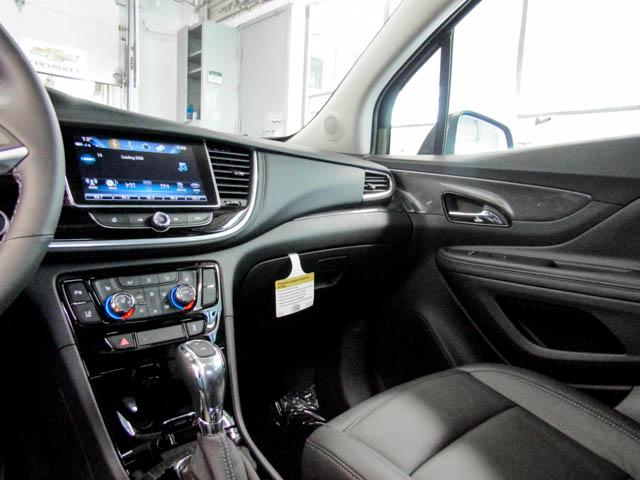 2019 Buick Encore Essence (Stk: E9-03500) in Burnaby - Image 7 of 13