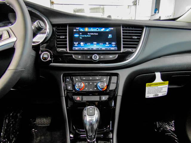 2019 Buick Encore Essence (Stk: E9-03500) in Burnaby - Image 6 of 13