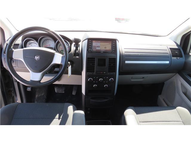 2010 Dodge Grand Caravan SE (Stk: A211) in Ottawa - Image 13 of 28