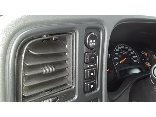 2004 GMC Sierra 2500 SLT (Stk: P431) in Brandon - Image 9 of 10