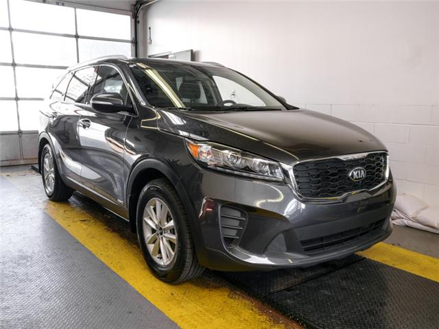 2019 Kia Sorento 2.4L LX (Stk: 9-6060-0) in Burnaby - Image 2 of 24