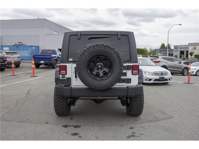 2018 Jeep Wrangler JK Unlimited Sahara (Stk: J810233) in Surrey - Image 6 of 30