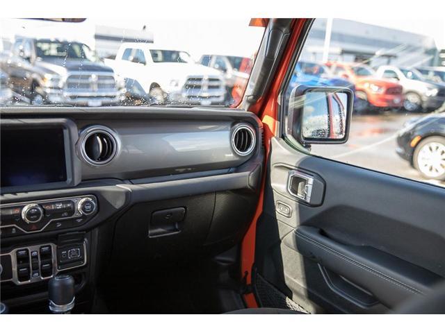 2018 Jeep Wrangler Unlimited Sahara (Stk: EE901490) in Surrey - Image 12 of 25