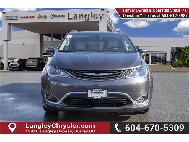 2018 Chrysler Pacifica Hybrid Touring-L (Stk: K594374A) in Surrey - Image 2 of 25