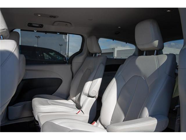 2018 Chrysler Pacifica Hybrid Touring-L (Stk: K594374A) in Surrey - Image 11 of 25
