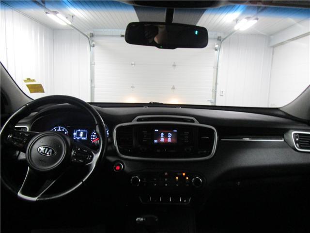 2016 Kia Sorento 2.0L LX+ (Stk: F170611 ) in Regina - Image 13 of 29