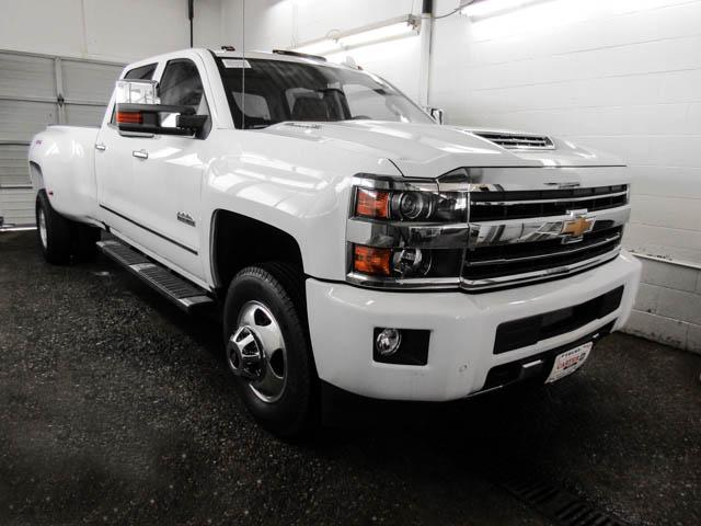 2019 Chevrolet Silverado 3500HD High Country (Stk: N9-3568T) in Burnaby - Image 2 of 13