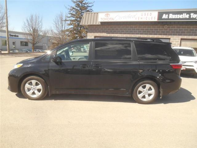 2018 Toyota Sienna  (Stk: U7286) in Peterborough - Image 2 of 22
