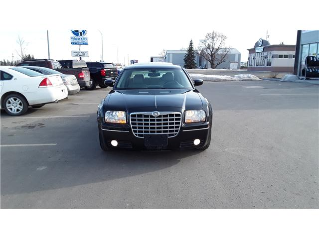 2006 Chrysler 300 Base (Stk: P400) in Brandon - Image 3 of 11