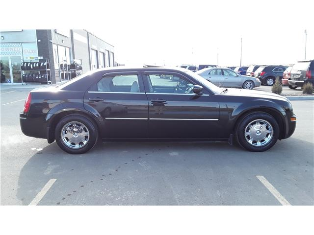 2006 Chrysler 300 Base (Stk: P400) in Brandon - Image 2 of 11