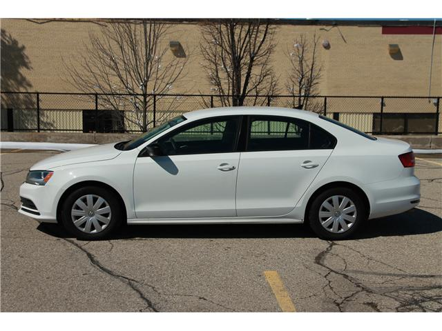 2015 Volkswagen Jetta 2.0L Trendline+ (Stk: 1901027) in Waterloo - Image 2 of 24