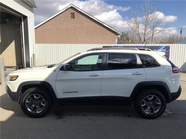 2019 Jeep Cherokee Trailhawk (Stk: 14682) in Fort Macleod - Image 2 of 21
