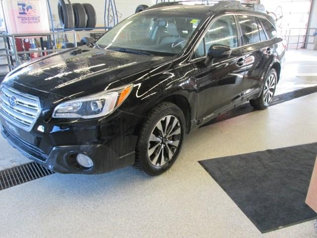 2015 Subaru Outback 3.6R Touring Package (Stk: M25851) in Gloucester - Image 1 of 20