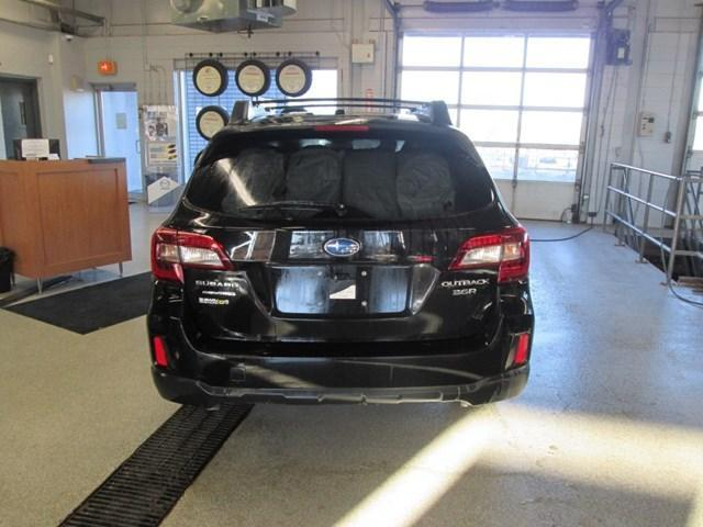 2015 Subaru Outback 3.6R Touring Package (Stk: M25851) in Gloucester - Image 4 of 20