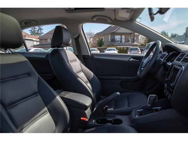2017 Volkswagen Jetta 1.8 TSI Highline (Stk: VW0832) in Surrey - Image 21 of 30