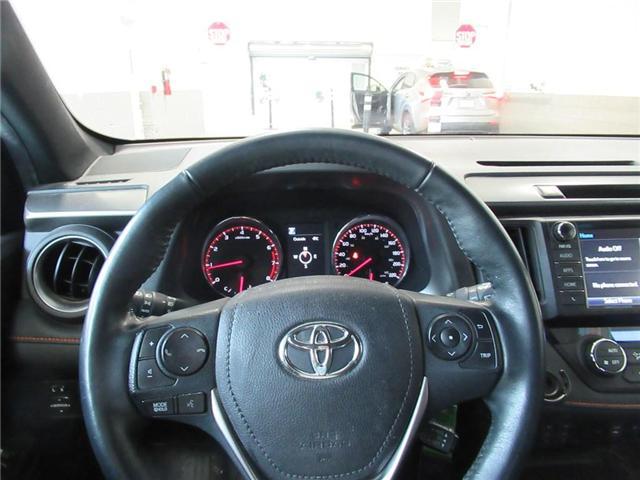 2016 Toyota RAV4 SE (Stk: 16034A) in Toronto - Image 2 of 14