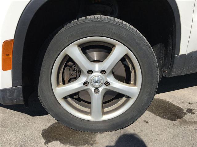 2010 Volkswagen Tiguan TRENDLINE 2.0T 4MOTION SUNROOF, ALLOYS, FOG, LEATH (Stk: 42050B) in Brampton - Image 2 of 24
