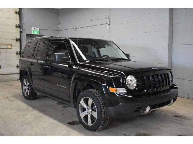 2017 Jeep Patriot ALTITUDE 4X4 - HEATED SEATS * SUNROOF * LEATHER (Stk: B3583) in Cornwall - Image 2 of 30