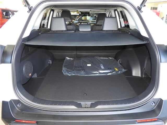 2019 Toyota RAV4 Limited (Stk: 190200) in Cochrane - Image 5 of 11