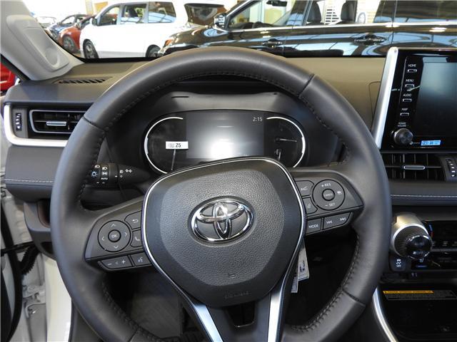 2019 Toyota RAV4 Limited (Stk: 190200) in Cochrane - Image 10 of 11