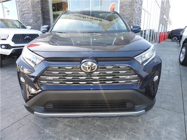 2019 Toyota RAV4 Limited (Stk: 190188) in Cochrane - Image 2 of 11