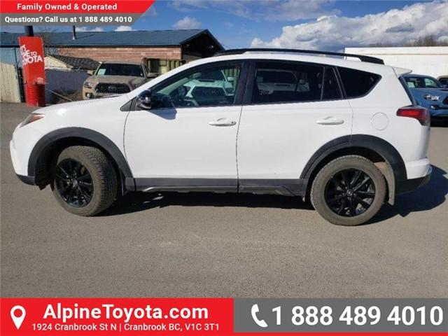 2018 Toyota RAV4 XLE (Stk: W708904R) in Cranbrook - Image 2 of 17