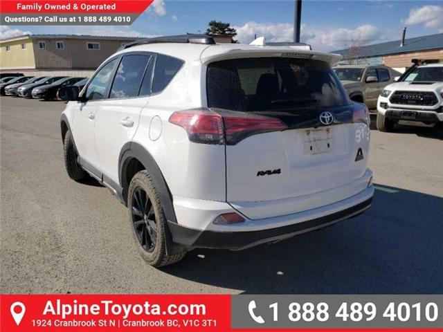 2018 Toyota RAV4 XLE (Stk: W708904R) in Cranbrook - Image 3 of 17