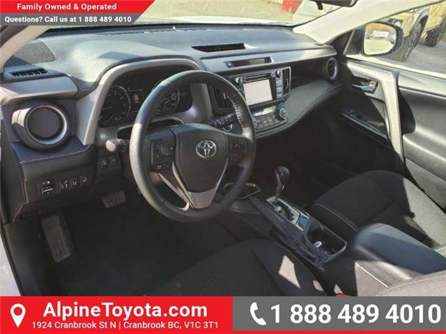 2018 Toyota RAV4 XLE (Stk: W708904R) in Cranbrook - Image 9 of 17