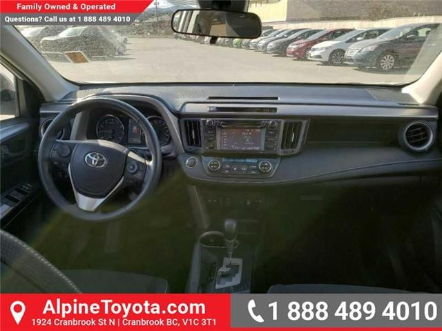 2018 Toyota RAV4 XLE (Stk: W708904R) in Cranbrook - Image 10 of 17