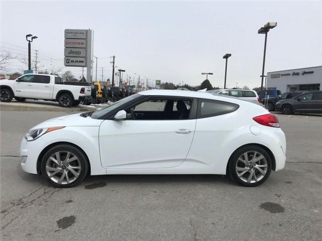 2017 Hyundai Veloster Base (Stk: 23983S) in Newmarket - Image 2 of 16
